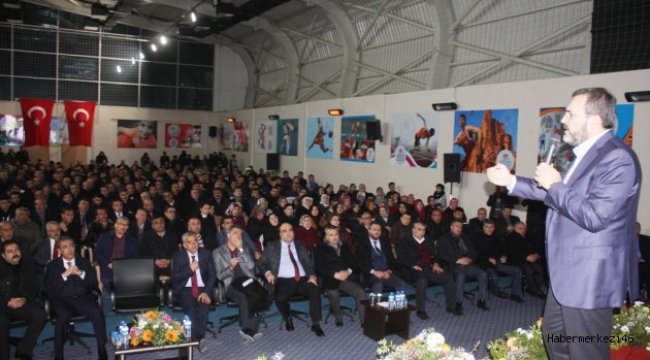 """HEM ŞEYTAN TAŞLADIK HEM TAVAF ETTİK"".."