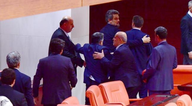 DİLİPAK, HDP'LİLERE HADDİNİ BİLDİRDİ