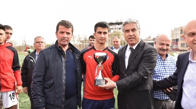 U19'DA TÜRKOĞLU BELEDİYESPOR KUPASINI ALDI