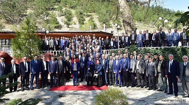 Başkan Erkoç'tan Bürokratlarına Teşekkür..
