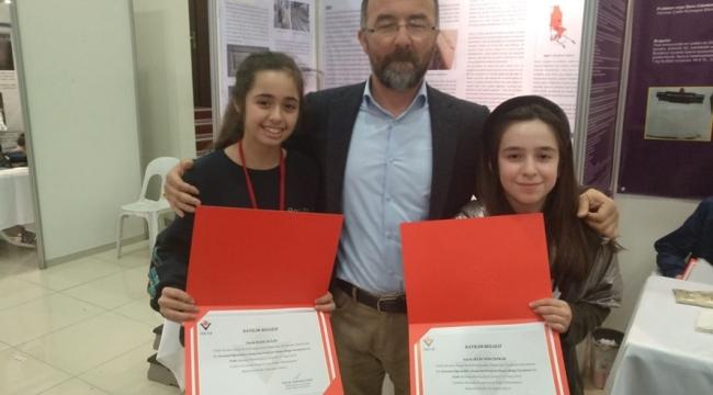 Ortaokul Öğrencileri, İki Birincilik Ve Bir İkincilik İle Döndü