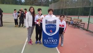 SANKO Okulları Yıldız Erkek Tenis Takımı İl İkincisi Oldu