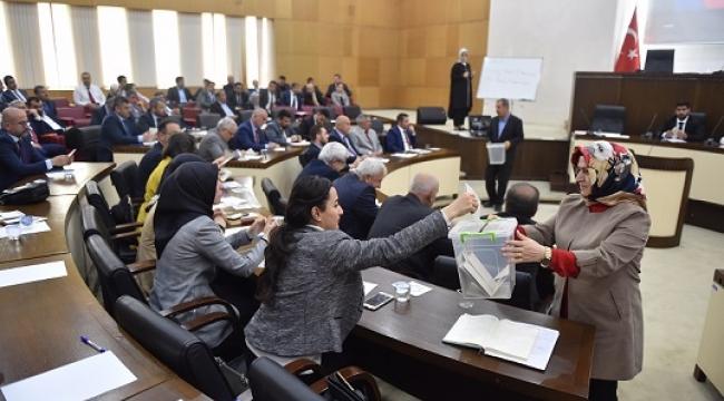 DULKADİROĞLU BELEDİYESİ YENİ DÖNEM İLK MECLİS TOPLANTISI YAPILDI..