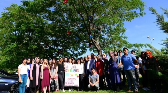 Gök-kuş-ağı Projesi ile Eğitim Fakültesi Çevresi Kuş Evleriyle Donatıldı