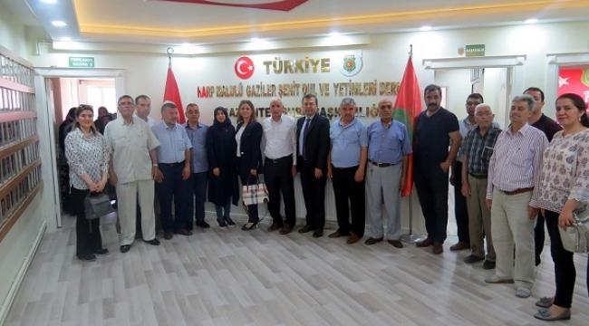 SANİ KONUKOĞLU VAKFI'NIN ŞEFKAT ELİ..