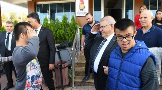 Başkan Mahçiçek Özel Eğitim Öğrencileri ile Kahvaltı yaptı...