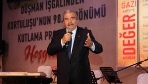 """ABULKADİR KONUKOĞLU: """"BU ÖDÜLÜ BABAM ADINA ALIYORUM"""".."""