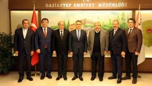 SANKO HOLDİNG YÖNETİMİNDEN EMNİYET VE JANDARMAYA ZİYARET..