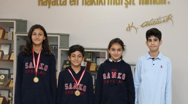 SANKO Okulları Mersin'den Madalya İle Döndü