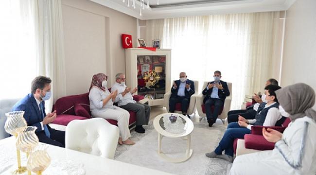 """Başkan Mahçiçek, """"Bayram, Şehit Ailelerimizin Yanında Güzel"""".."""