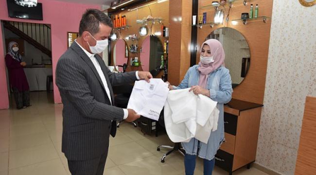 OSMAN BAŞKAN'DAN BERBERLERE BAYRAM HEDİYESİ...