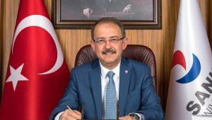 Türk Milleti'nin tarih boyunca iç ve dış düşmanlarına birlik ve beraberlik içinde karşı koymayı başarmış, yüce bir millettir..
