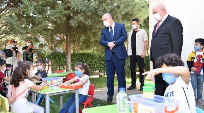 Kahramanmaraş'ta öğrencilere ders zili çaldı ..