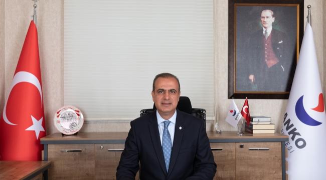 """""""Her Türk Vatandaşının Öncelikli Görevi Bağımsızlığımızın En Büyük Teminatı Cumhuriyeti Korumak ve Yaşatmak Olmalıdır"""""""