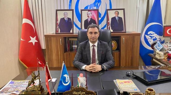 Atatürk; Milletine Samimiyetle İnanmış Bir Yürek, Vatanına Sevdalı Fazilet Timsali Bir Şahsiyettir