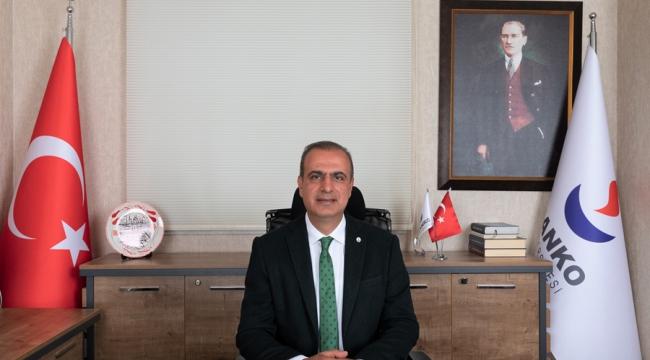 """""""Bu Cennet Vatanı Bizlere Armağan Eden Büyük Atatürk ve Silah Arkadaşlarına Hepimizin Minnet Borcu Var"""""""