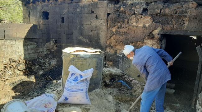Elbistan'da ahır yandı