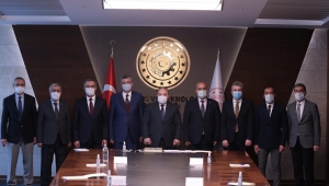 Bakan Mustafa Varank'tan Kahramanmaraş'a destek...