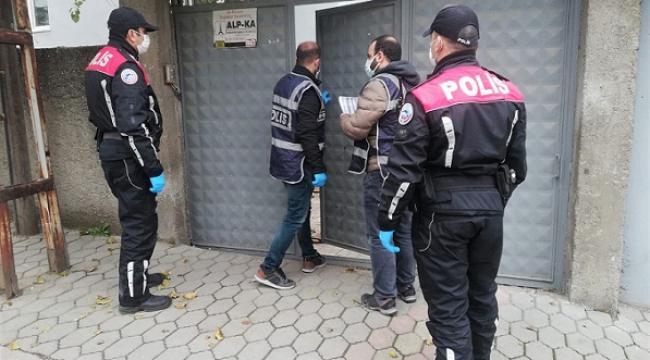 Evi kumarhaneye çeviren 10 kişiye 31 bin TL ceza kesildi..