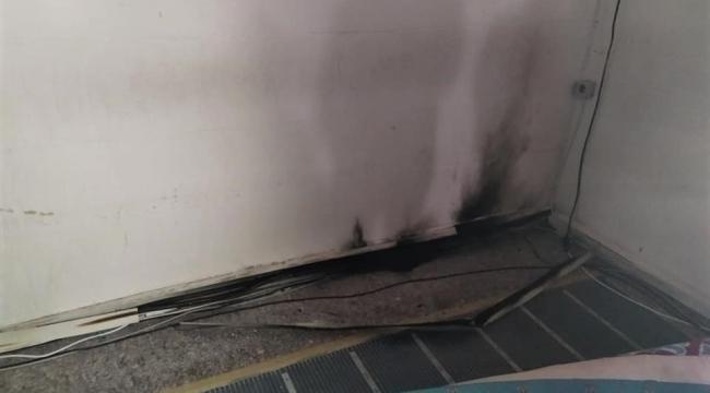 Cuma namazı sırasında camide yangın çıktı