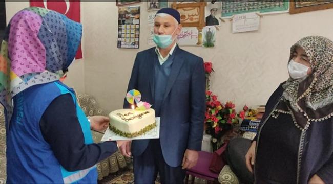 Gönüllerin Başkanı Mahçiçek'ten 40 yıllık çifte sürpriz...