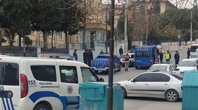 Jandarmanın 'Dur' ihtarına uymayan şüpheliler kaçamadı