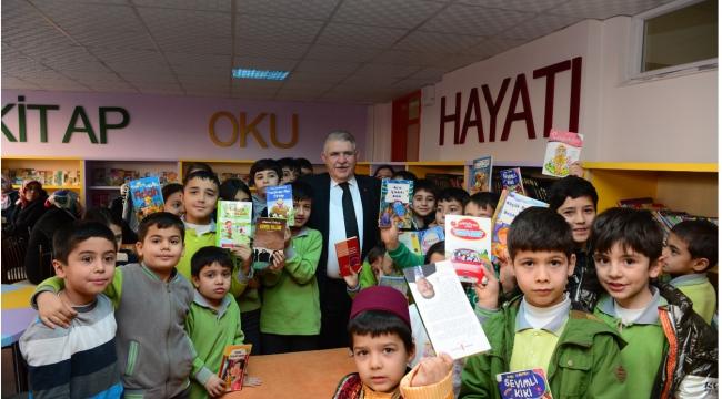 Onikişubat Belediyesi Kitap Okurlarını Kitapla Ödüllendiriyor