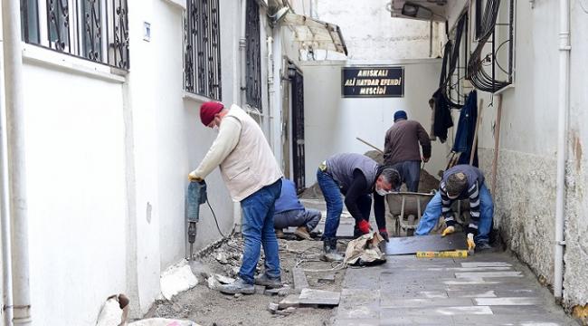 Dulkadiroğlu'nda bazalt ve parke çalışmalarına devam...