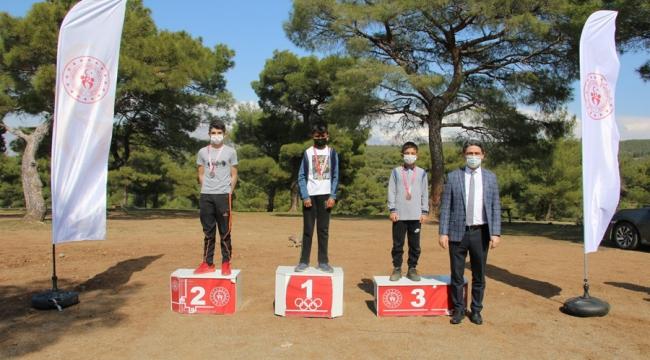 Kros İl Birinciliği Yarışları Kapıçam Tabiat Parkında Yapıldı
