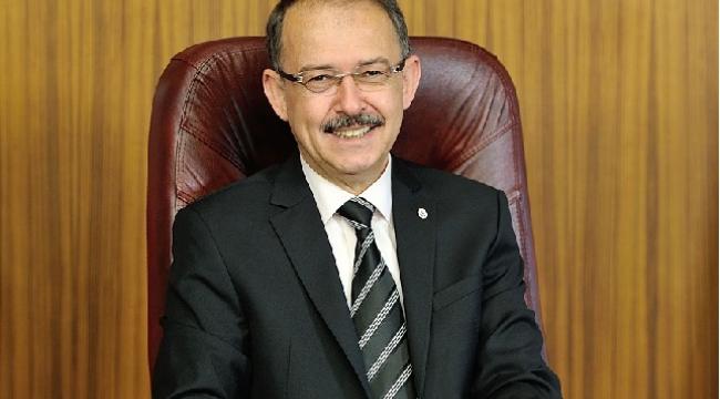 Prof. Dr. Dağlı, sağlık çalışanlarının 14 Mart Tıp Bayramı'nı kutladı..