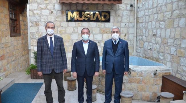 Rektör Can'dan MÜSİAD'a ziyaret
