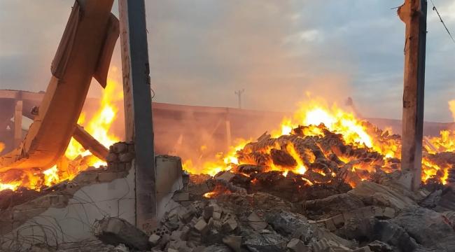 Tekstil fabrikasında yangın kontrol altına alındı