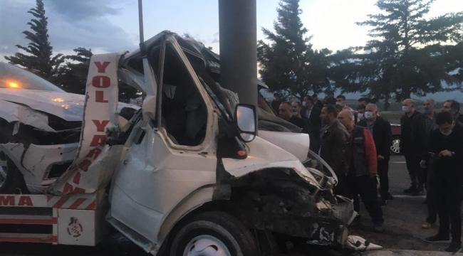 Kahramanmaraş'ta oto çekicisi beton direğe ok gibi saplandı: 1 ölü