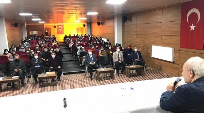 Yazar Vakkasoğlu Çağlayanceritli Öğrencilere Sınav Motivasyonu İle İlgili Konferans Verdi