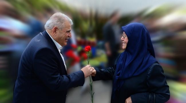 """Başkan Mahçiçek, """"Sonsuz Sevgi Abideleri Olan Annelerimizin Günü Kutlu Olsun"""""""