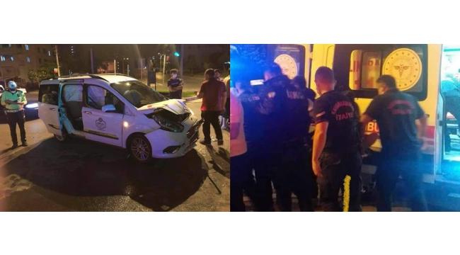 Kahramanmaraş'ta hafif ticari araç ile otomobil çarpıştı: 4 yaralı