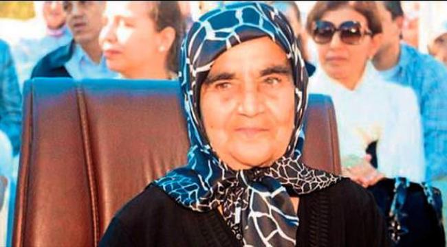 Kahramanmaraş'ta yılın annesi Kadriye Kanbur seçildi