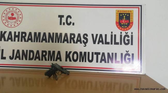 Jandarma ekipleri sigara kaçakçısını 'Tuş' etti