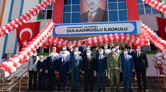 Dulkadiroğlu Belediyesi İhtiyaç Sahibi Öğrencilere Kırtasiye Yardımında Bulundu
