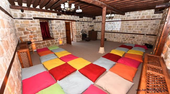 Dulkadiroğlu Belediyesi Masal Odası projelerine ortak oldu