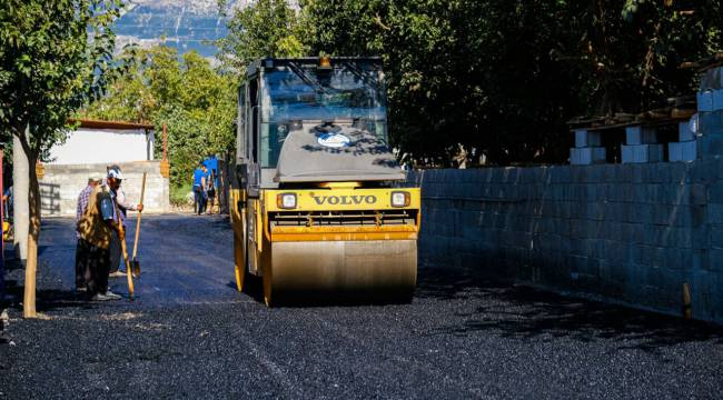 Dulkadiroğlu Gençosman mahallesinde asfalt çalışması yaptı